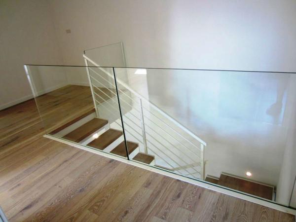 parapetti per scale ed interni